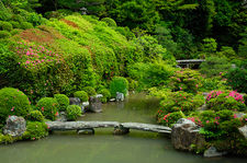 Stone bridge in Chishaku-in temple's zen gardens