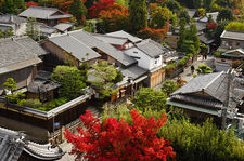 A street of Higashiyama from the Daiun-in temple tower